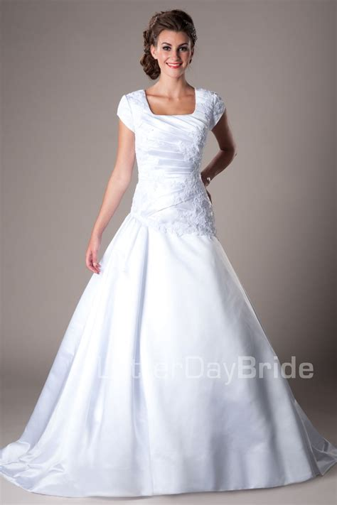modest wedding dress 1000 ideas about mormon wedding dresses on second wedding dresses modest wedding