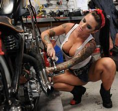 hot female mechanics 1000 images about tuskadero s on pinterest mechanic