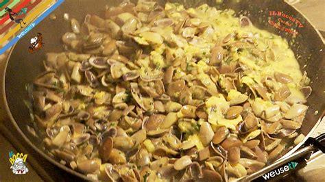 come cucinare le telline telline alla livornese non si bada certo a spese