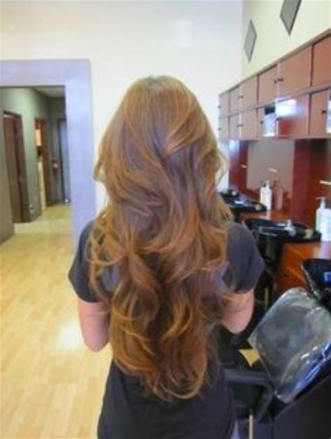 photos hairstyle with vshape and stepcut long hair with a v shape cut at the back women hairstyles