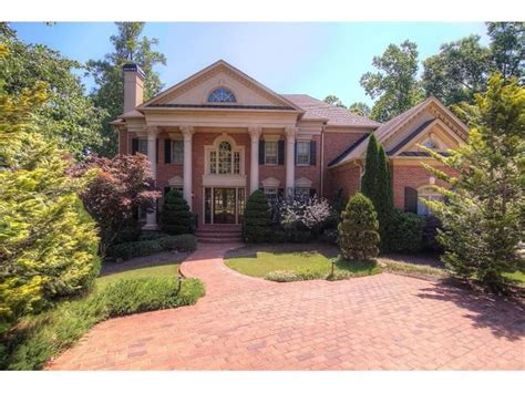 real housewives houses best real housewives homes real housewife of atlanta porsha williams buys a mansion