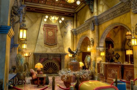 hollywood tower hotel  dca    checking