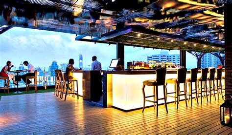 Roof Top Bar In Bangkok by Above Eleven Bangkok Rooftop Bar Nana Soi 11 Menu Prices