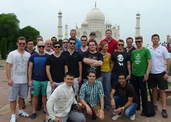 Of Queensland Mba Average Gmat by Uqbs Mba Students Taking Pioneering Trip To India Mba