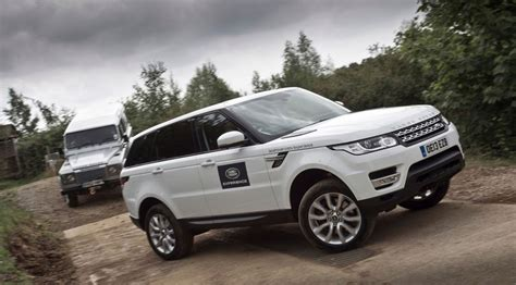 Cars New Road by Car Range Rover Sport Vs Land Rover Defender