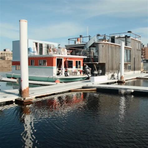 houseboat york tour a new york houseboat floating homes pontoon boats
