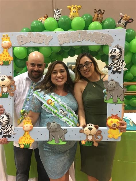 Jungle Safari Theme Baby Shower by 25 Best Ideas About Jungle Baby Showers On