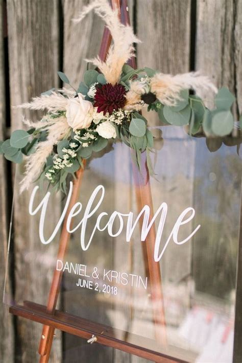 stunning wedding  sign ideas  steal page
