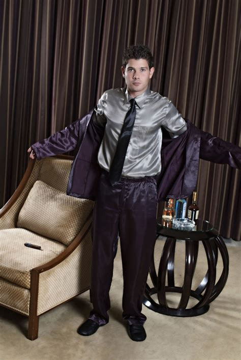 Head In Comfortable Bed Pajamas That Look Like Tailored Suits Lets You Look