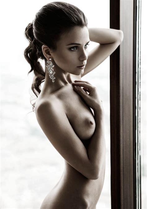 Beautiful Art Nude Spw