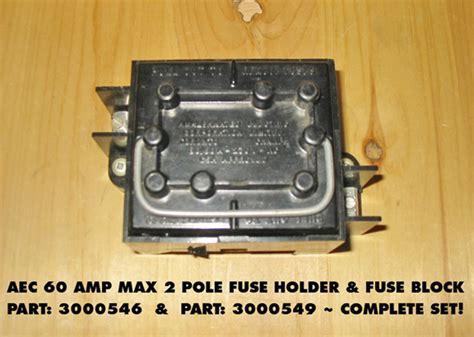 aec  amp max  volt fuse holder fuse block complete set rare circuit
