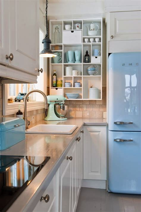 vintage kitchen images 25 best ideas about modern retro kitchen on pinterest