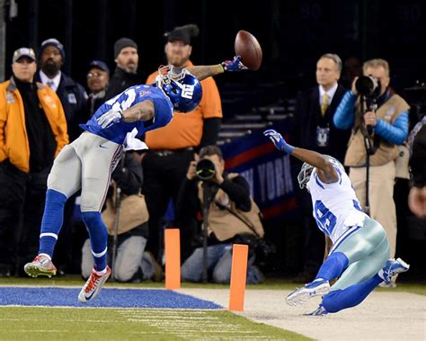 the science of odell beckham jrs incredible onehanded td catch 2014 beckham jr s unreal catch sparks thingsodellcouldcatch