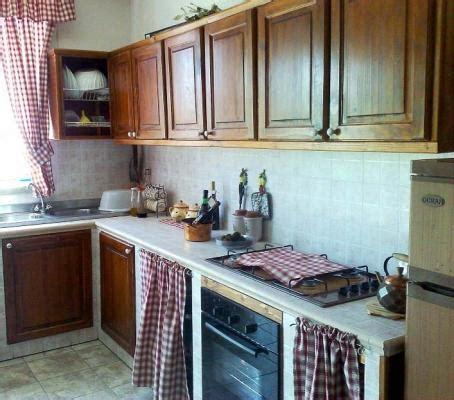 cucina a muratura fai da te montaggio ante prefinite in legno