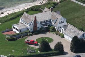 Cape cod taylor recently recently snapped up a luxurious 163 3 million