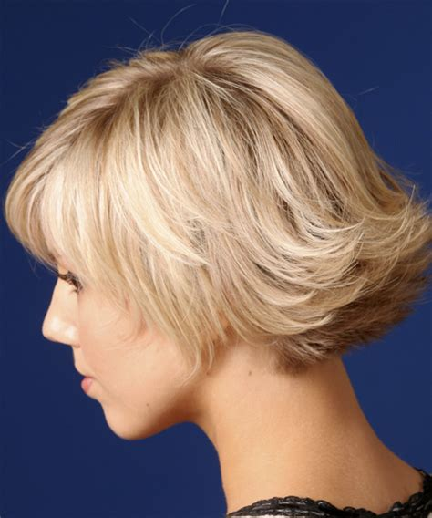 short bobs with flip short straight casual hairstyle light blonde strawberry