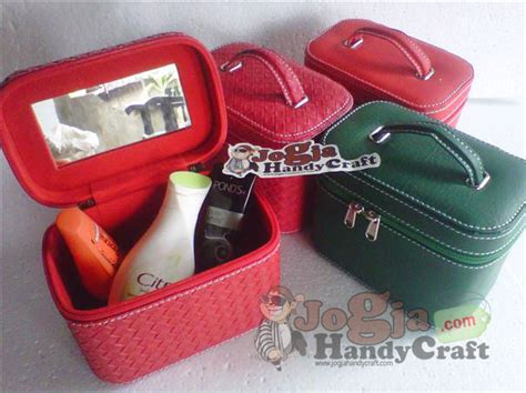 Make Up Cosmetic Box Cosmetic Lucu Motif Lv Mono single kompartemen casual make up