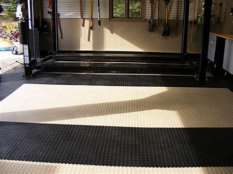 Garage Floor Car Lift by Garage Flooring Nuvo Garage