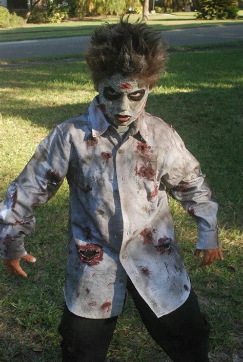zombie costume how to make a zombie costume with makeup diy zombie costume halloween costumes pinterest and web