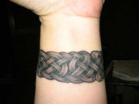 hide wrist tattoo 82 wrist for