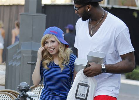 jennette mccurdy clowns pistons andre drummond racy pics you won t believe what jennette mccurdy said about her ex