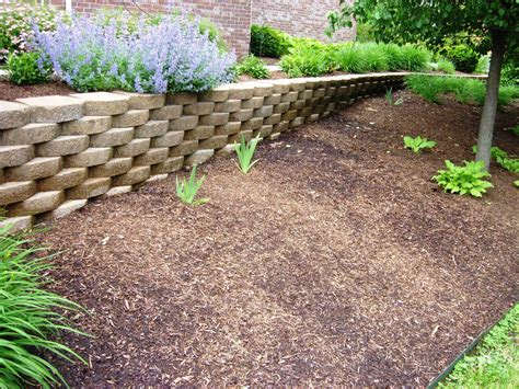 Landscape Fabric Vs Tarp Landscape Fabric Vs Plastic 28 Images How To Mulch A