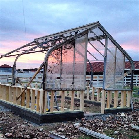 joanna gaines greenhouse 1000 ideas about english farmhouse on pinterest spindle