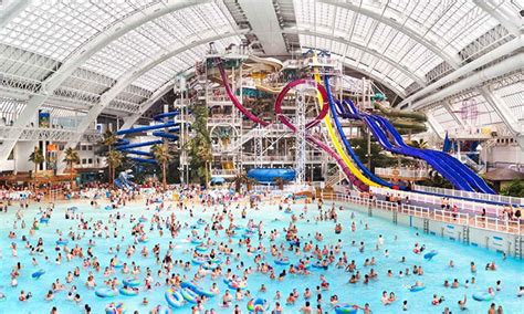 worlds best water parks canada s best waterparks great canadian list