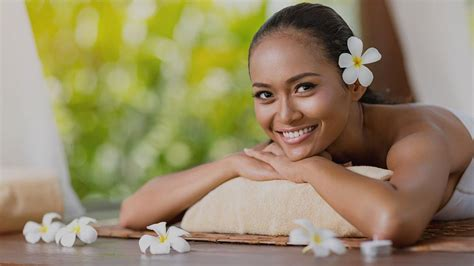 hoilday special glow beauty therapy