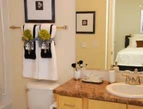 Ideas Hanging Bathroom Towels Towel Decorations Bathrooms