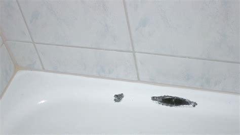 Emaille Badewanne Reparieren by Punktuelle Wannenreparatur Badtechnik Italien De