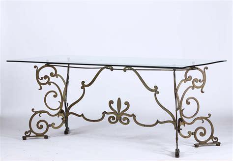 tavolo ferro battuto e vetro tavolo in ferro battuto e piano in vetro asta a tempo
