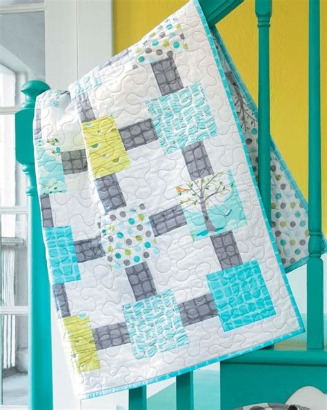 easy quilts from precut fabrics books seeneed to sew s doctor who quilt