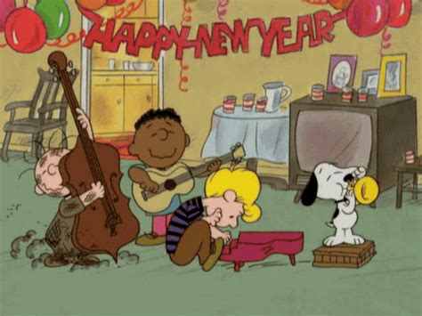 new year gifs snoopy new year gif find on giphy