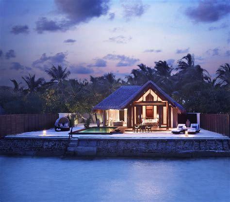 star taj exotica resort  spa maldives architecture