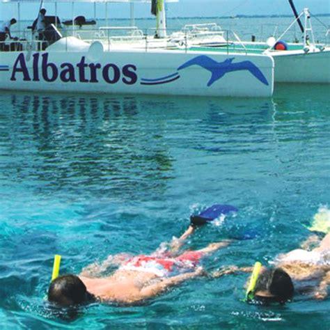 catamaran isla mujeres albatros catamaran cancun isla mujeres