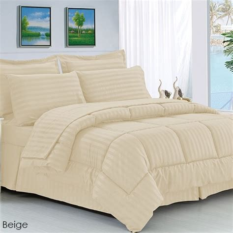 Hypoallergenic Quilt by 8 Luxury Soft Cozy Dobby Stripe Hypoallergenic