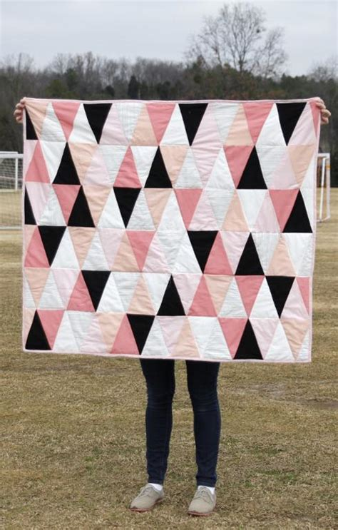 triangle quilt pattern tutorial triangle quilt template update by see kate sew craftsy