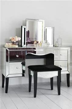 gatsby mirrored bedroom furniture 1000 images about spalna on pinterest dressing tables