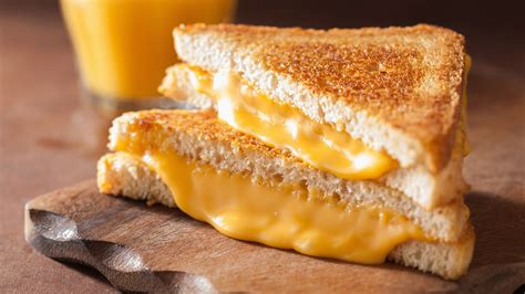 8 tips for the grilled cheese sandwich