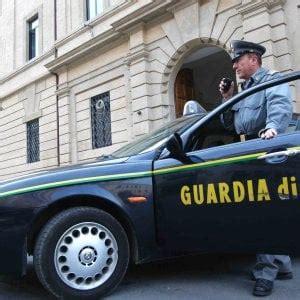 aste bologna beni mobili roma confiscati beni per 170milioni a imprenditore