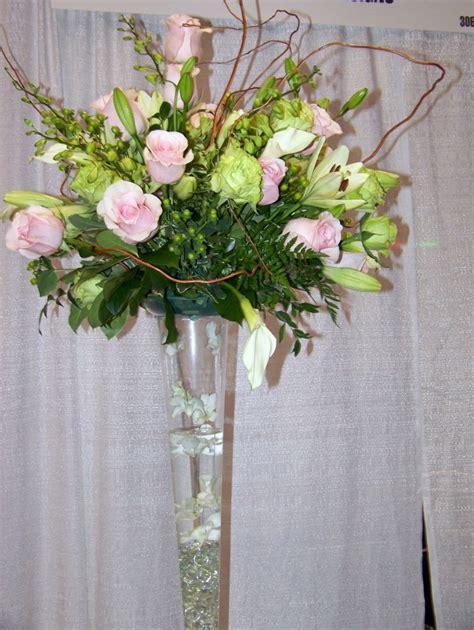 How To Arrange Flowers In A Tall Vase Naturalismo En Casa Ideas De Jarrones Grandes