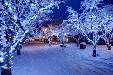 christmas in aspen things to do see luxury in aspen