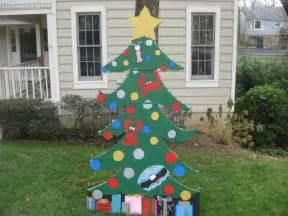 easy christmas tree decorations christmas tree yard art