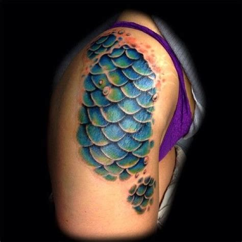 fish scales tattoo best 25 fish scale ideas on mermaid