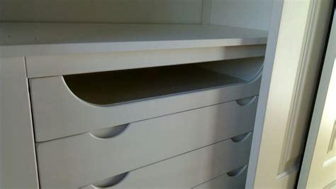armadi di legno armadio in legno a tre ante scorrevoli con cassettiera
