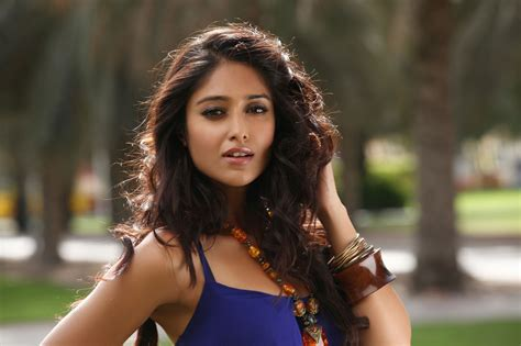 ileana hot themes download ileana d cruz hot and sexy pictures wallpapers download
