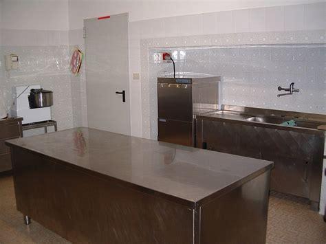 piastrelle marroni piastrelle cucina marroni pavimento marrone x abk alpes