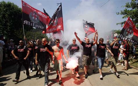 Ac Milan Teddy ultras