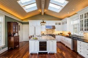Lighting For Cathedral Ceiling In The Kitchen 25 Captivating Ideas For Kitchens With Skylights